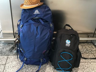Ich packe meinen Rucksack und nehme mit…